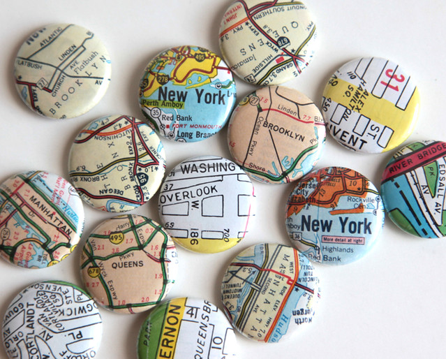 Custom order of NYC pinback buttons
