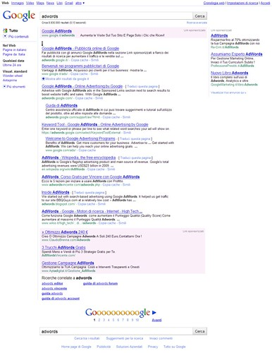 Seeing bottom-of-SERP #AdWords ads right now..