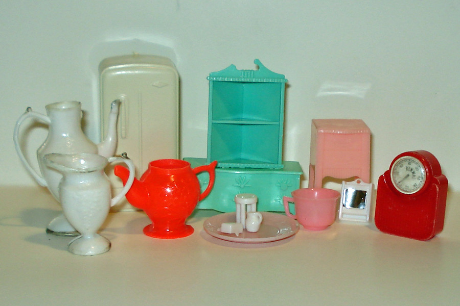 Misc Dollhouse Furniture