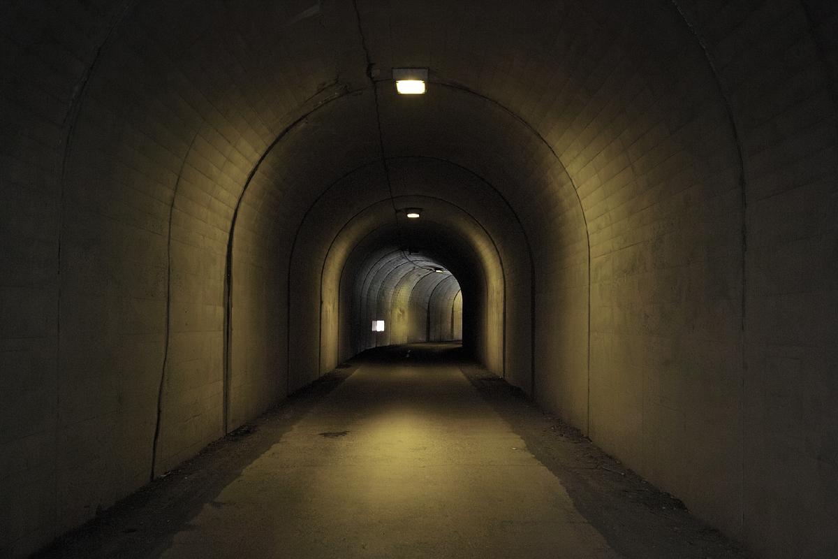 Tunnel 005 - sigma dp2 -