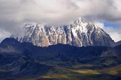 The sacred Mount Zhara Lhatse 5820m, Tibet (reurinkjan) Tags: nature prayerflag lungta sacredmountains tibetanlandscape     janreurink ommanipemehung tibetanplateaubtogang kham buddhism tibet sacredmountainsoftibet dardocounty zharalhatse5820m19094ft lhaganggompa minyaglhagangyongdzograbgilhakangtongdrolsamdribling chortenmchodrten nyingmapasherda prayerflagsonstaff lhagang 2010