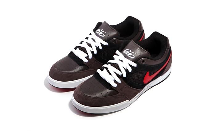 儿童抽象画涂抹色块是星空-Nike6.0的新鞋, Zoom Primo,给他们弄得心痒痒, 728块大洋!