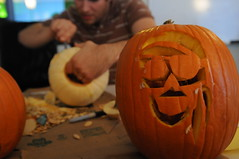 Pumpkin carving 2010-10-14 27