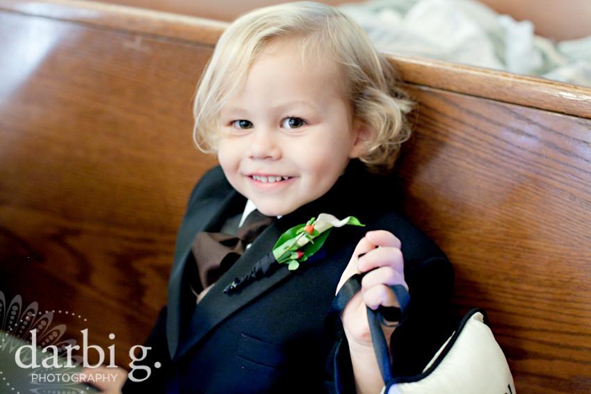 blog-Kansas City wedding photographer-DarbiGPhotography-ShannonBrad-109