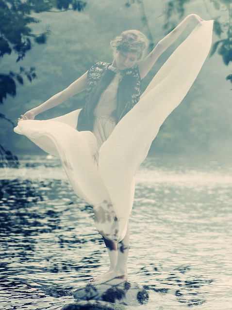 Blank#55_Zen-Sevastyanova_by_Paul-de-Luna_Meliae_03