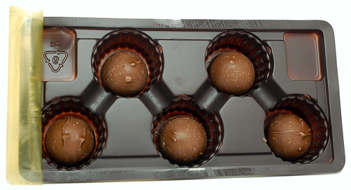Queen Anne Cordial Blueberries - in tray