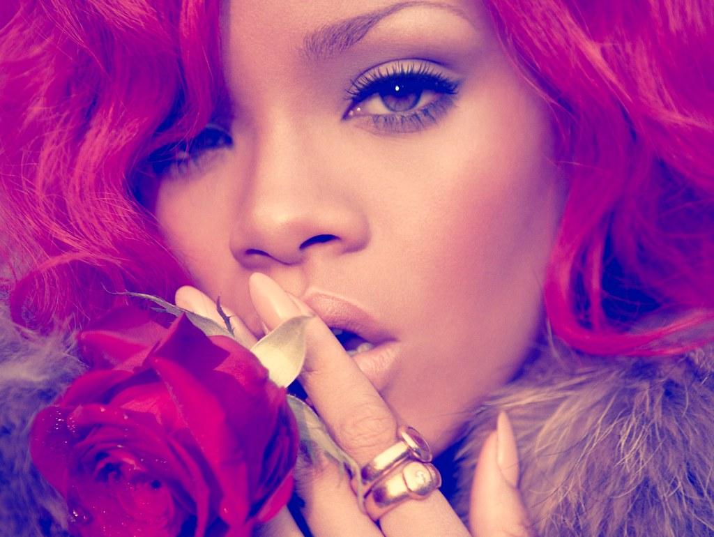 "Rihanna - ""LOUD"" (12/11/2010) {Album nhạc cực hay, cực chất...} 5174358866_6b7de3acba_b"