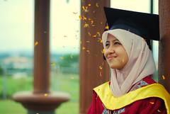 nadhrah{graduation} (hari{z}ulkarnain) Tags: university hijab science bachelor malaysia budak serdang upm biology haji ili bukit putra selangor sungai besi biologi lagenda ekspo setan flowerofislam nadhrah norsilan