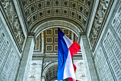 Identity (El Safa) Tags: city blue red white paris france colors canon french rouge photography photo flickr photographie couleurs flag letoile picture bleu identity identit capitale blanc franais ville drapeau larcdetriomphe safaguezguez