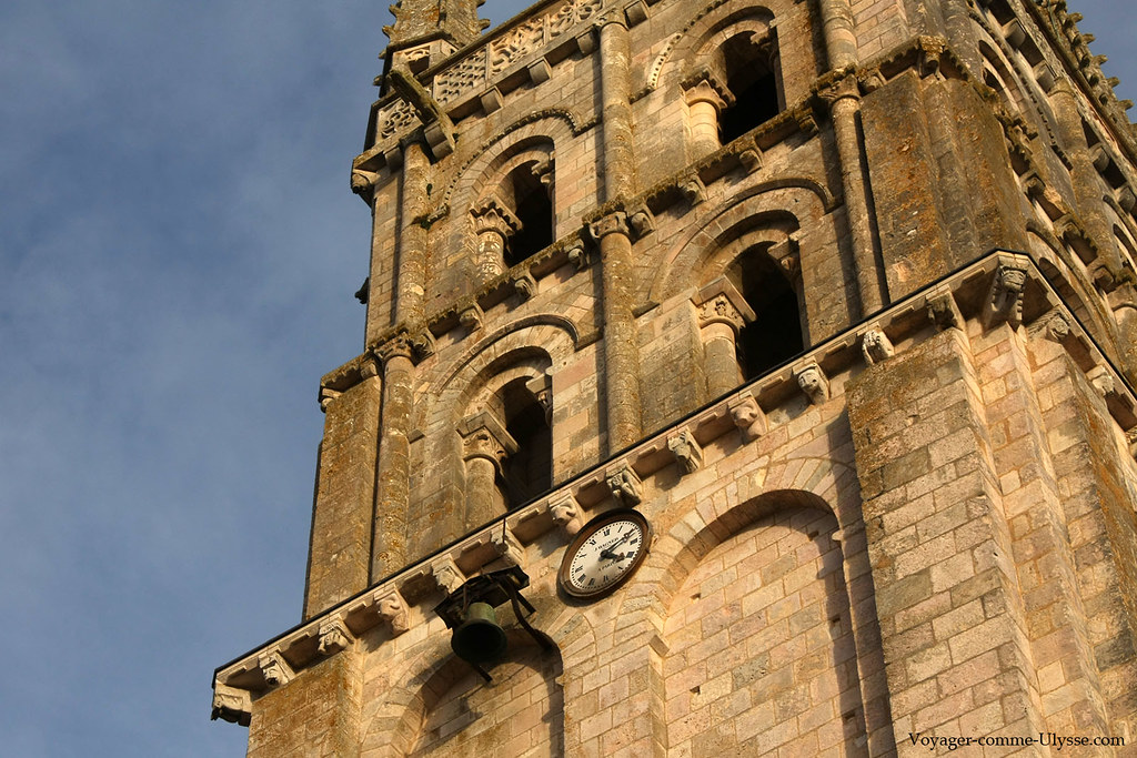 Horloge du clocher, avec la petite cloche