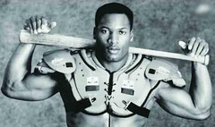 Bo-Jackson-The-Ball.jpg