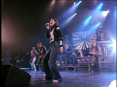 stacy orrico (all female barefoot musicians) Tags: feet nude stage nackt barefoot fsse bhne barfuss sngerin