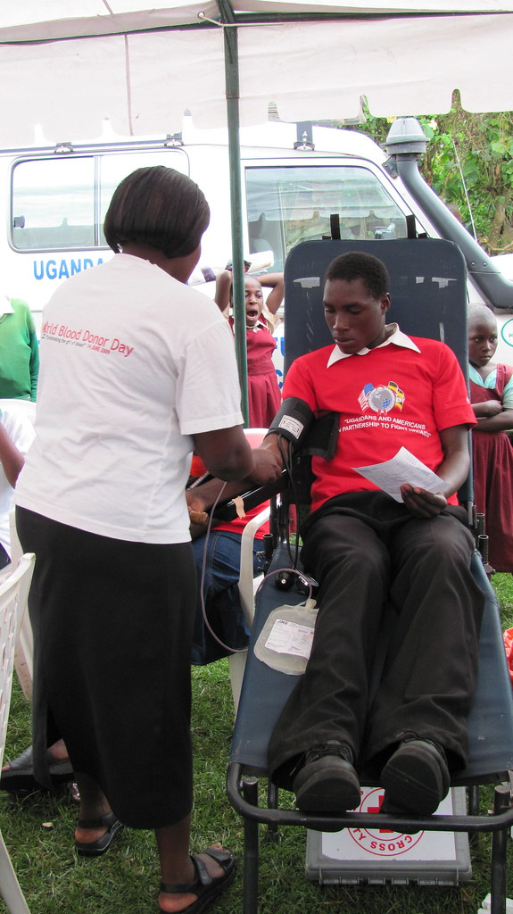 Voluntary HIV Counseling and Testing took place in both Kasese and Kabale, with over 300 people testing in Kabale alone on Dec 19, 2010