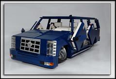 """""""Blue Kamikaze"""" Cadillac Escalade"""