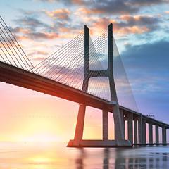 S H I N E (FredConcha) Tags: tagus river expo98 ponte vascodagamabridge nikond800 fredconcha landscape sunrise lisboa portugal bridge pvg