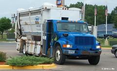 Dicks Sanitation Inc. Recycling Truck (TheTransitCamera) Tags: truck recycling dicks inc sanitation dsi