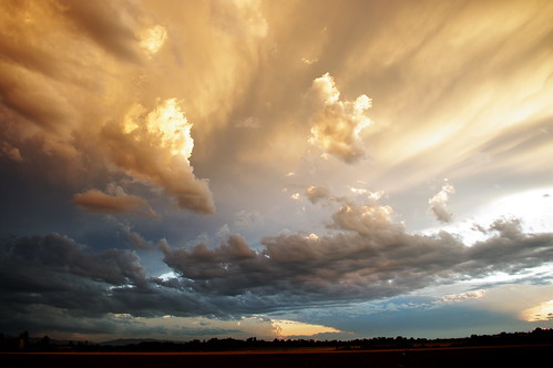 [Free Image] Nature/Landscape, Sky, Cloud, Dark Clouds, 201008021700