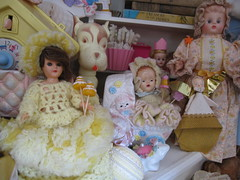 The Dolls in the Curiosity Cabinet! 20