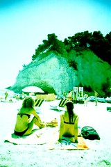 Sirolo beach (biguz_80) Tags: xpro fuji cross crossprocess 200 process vivitar spiaggia uws diapositiva sensia sirolo urbani vivitarultrawideslim