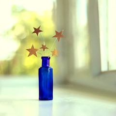 i stole the night sky and hid it in a bottle, just for you and me, so the stars can be ours always. di buttonheart / Chloe Price