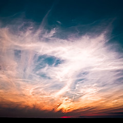 burnin' sky (JoHu) Tags: blue sunset sky sun color nature colors yellow clouds canon germany landscape deutschland 50mm colorful europa europe flickr sonnenuntergang outdoor natur himmel wolken gelb blau 18 50 landschaft sonne farbe draussen 50mmf18 canonef50mm118ii