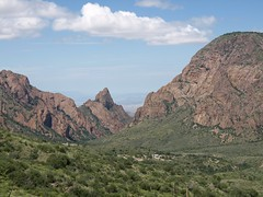 Sept2010.18 (Thomas Salgado) Tags: bigbendnationalpark thewindow e510 thebasin chisosmountains olympuse510