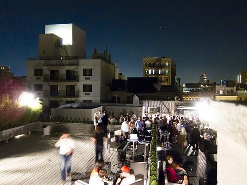 Hackshackers Meetup On Gawker Rooftop Sept 8 2010 Danwincom