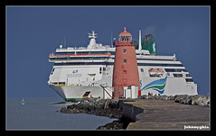 Its bleedin massive.............. (Johnnyghia) Tags: ireland sea dublin irish car ferry port massive ferries ulysses irsh