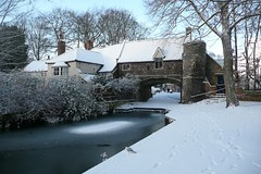 Snowy Pulls Ferry (RobAucklandNZ) Tags: snow norfolk norwich pullsferry riverwensum