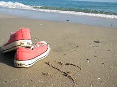 (Lora Eva Todorov) Tags: sardegna morning sea summer beach early sand heart steps wave converse chucks platamona