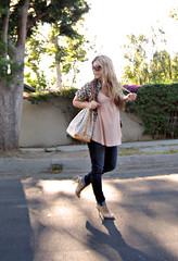 paige premium jeans+leopard blouse (...love Maegan) Tags: miguelina rebelwithoutacause leopardprintblouse tomfordsunglasses leopardblouse nudeheels paigepremiumjeans boutique9shoes peachtankblouse louisvuittonazurnoebag