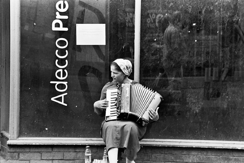 Accordian Lady, Cardiff city centre