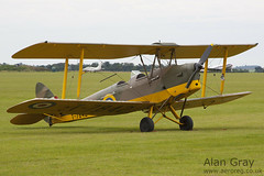 G-AMTF DE HAVILLAND DH.82A TIGER MOTH II 84207 PRIVATE - 100905 Duxford - Alan Gray - IMG_1938