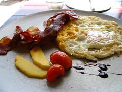 Let's sea breakfast