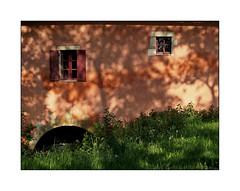 Le moulin rose (eric_47) Tags: rose moulin lot vert et campagne garonne patrimoine lotetgaronne