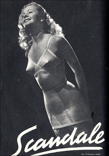the 1940s-Ad for Scandale girdle and bra