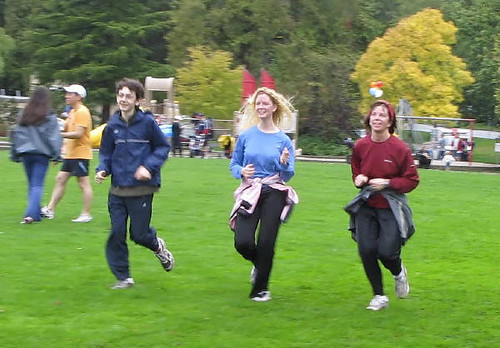 Rushing to the finish line. Vancouver's Terry Fox Run 2010 Re-ignites Marathon of Hope at 30th Anniversary in Stanley Park