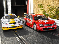Opels (4) (Andy Reeve-Smith) Tags: v8 astra opel scalextric vectra gtsv8
