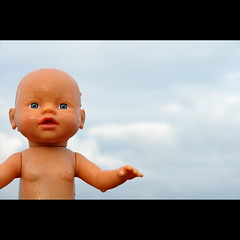 Feaky Flotsam #2 (Dave-Mann) Tags: uk toy doll blueeyes lakedistrict freaky cumbria flotsam stbees 18200mm nikond300s
