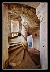 Chambord staircase (Focusje (tammostrijker.photodeck.com)) Tags: france castle stair staircase chambord frankrijk chateau kasteel