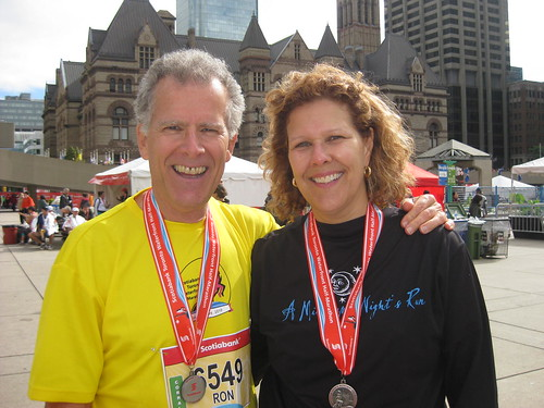 Ron Foreman and Bev Moir, Scotiabank Toronto Waterfront Half-Marathon 2010