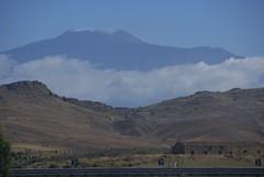 Zugfahrt von Catania nach Enna, Blick zum tna (train ride Catania - Enna, view of Mt. Etna) (HEN-Magonza) Tags: landscape sicily landschaft etna sicilia vulcano vulkan sizilien tna montierei