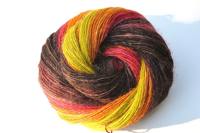 Hello Yarn Fiber Club-August 2010-Heirloom-Wensleydale wool top-4oz-singles-526yds-1