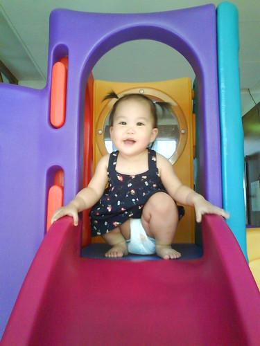 Molly愛溜滑梯 (4)