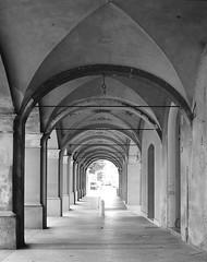 Portici in prospettiva (Mymanders) Tags: italy blackwhite perspective modena portici biancoenero prospettiva modenese finaleemilia provinciadimodena archiavolta