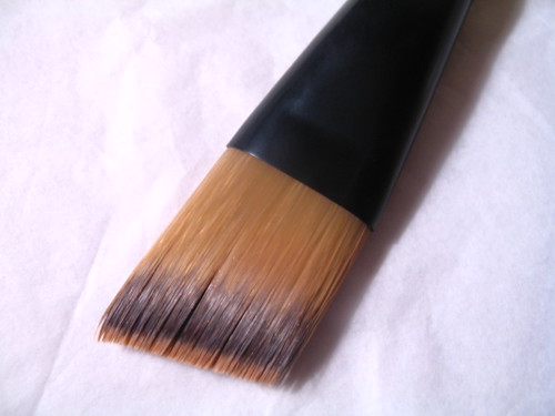 Le Metier Foundation Brush