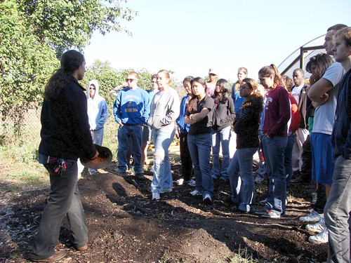 UMD Students on a Tour of the farm