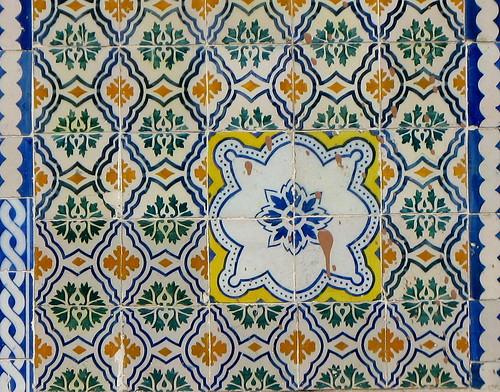 Improviso no azulejo 1 - para a Loca-Bandoca
