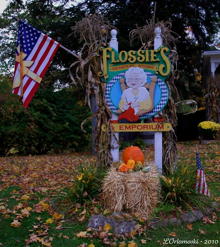 Flossie's General Store Sign