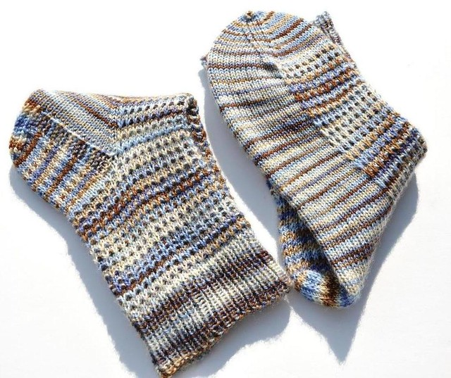 faceted rib socks finished-3